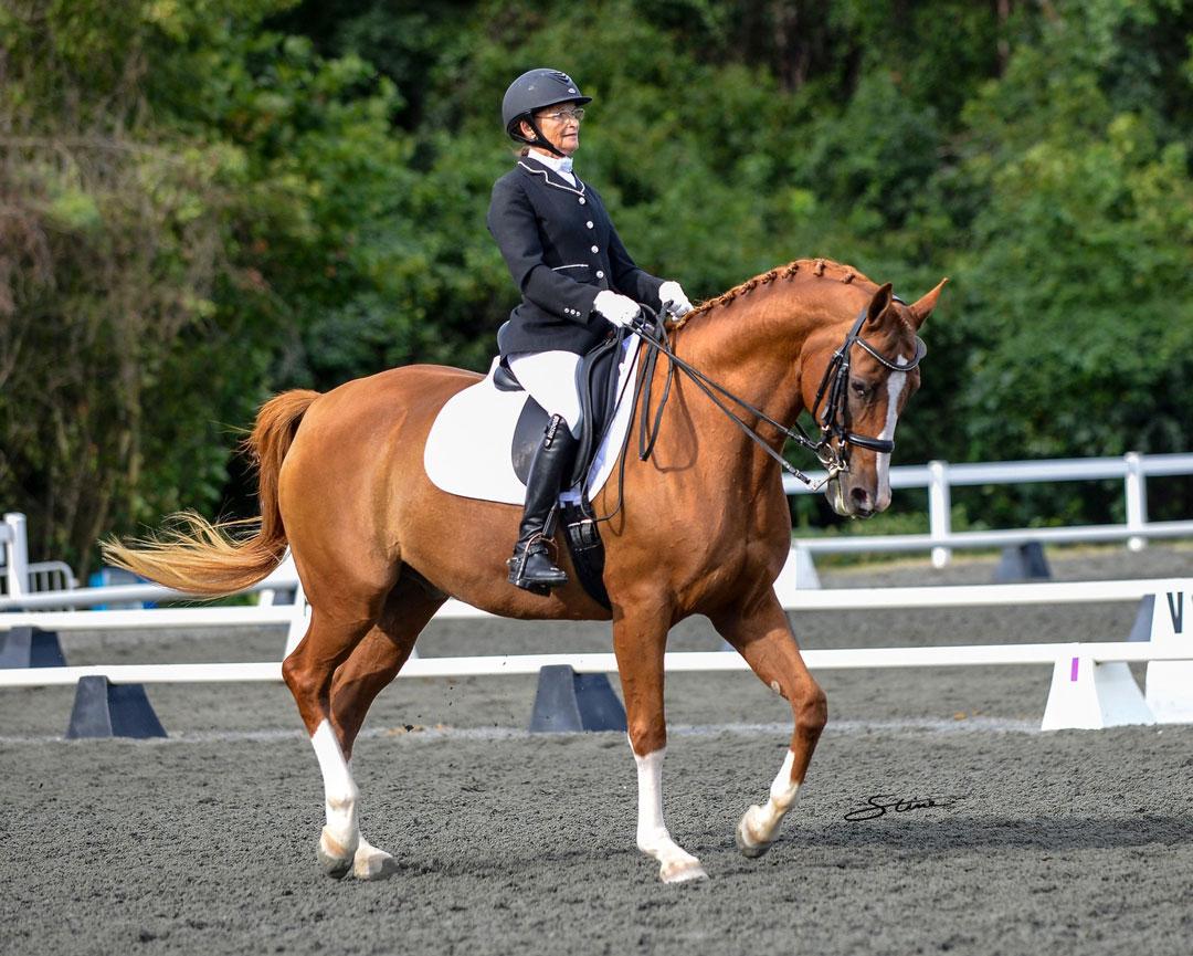 Nina Toon wins the Premier Equestrian sportsmanship award